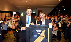 (l&r) Richmond FC CEO Brendon Gale and DeWalt managing director Adrian Davis