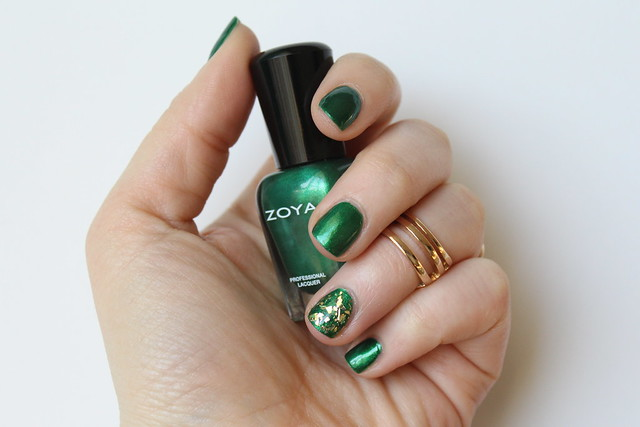 Green & Gold St. Patrick's Day Manicure | #LivingAfterMidnite