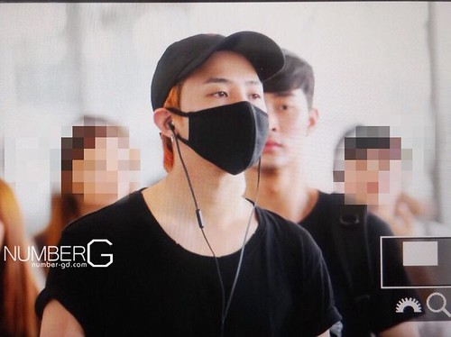 Big Bang - Kansai Airport - 23aug2015 - Number G - 01