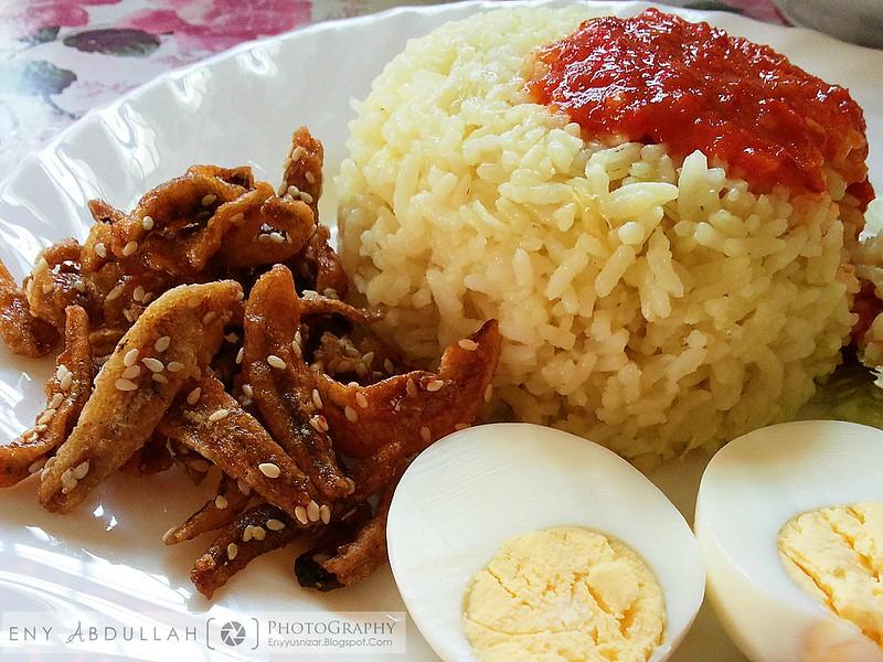 Nasi lemak kuning 2
