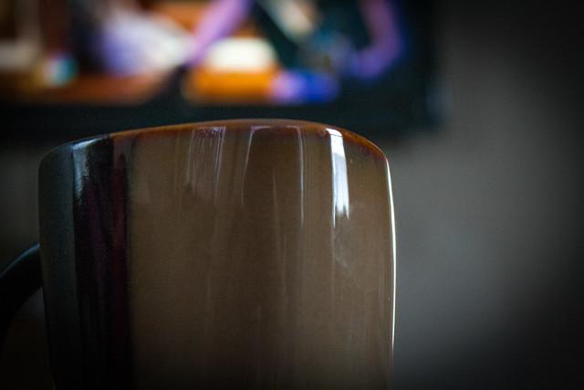 thanksgivingnov27th2014fourwatchingparadeanddrinkingcoffee
