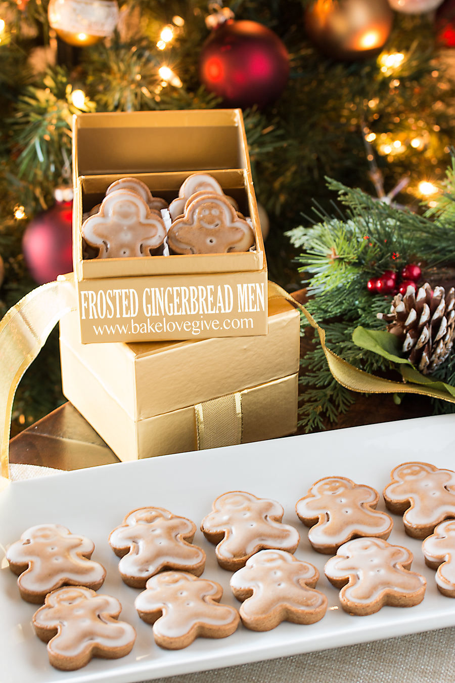 #fbcookieswap Frosted Gingerbread Men