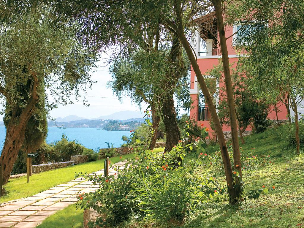 26-hotel-villas-with-garden-in-corfu-6087