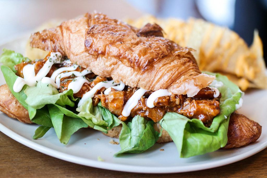 La Marelle (Halal Cafe): Ala Ferme Croissant