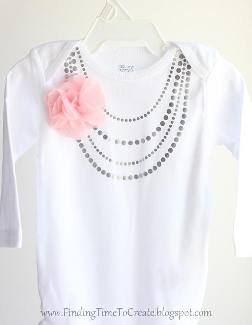 Baby necklace onesie 2