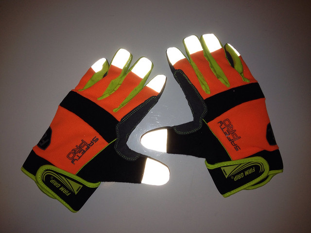 Safety Gloves Glow