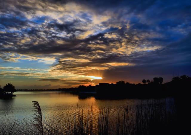 Sunset Lakes3 sunrise HDR COREL 20150202