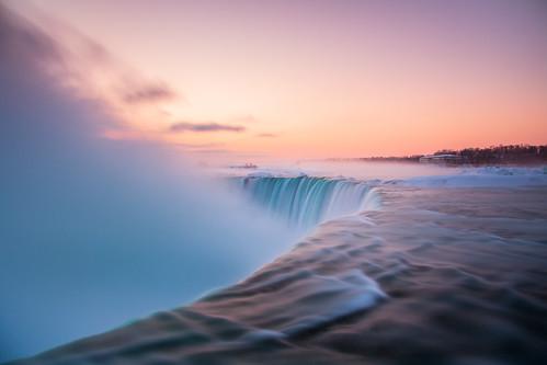 sunrise niagarafalls waterfall niagara niagarafallsfrozen polarvortex