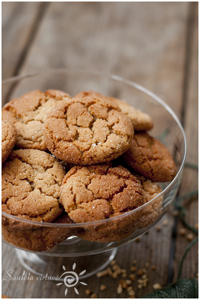 Medaus ir žemės riešutų sviesto sausainiai (3)