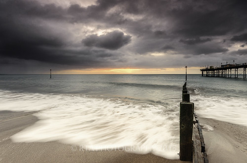 sea clouds sunrise dark pier devon rush groyne teignmouth sigma1020mm456exdchsm nikond7000 rtaphotography