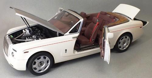 Kyosho RR Phantom coupé 1-18 (25)