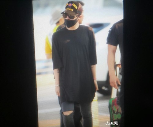 YB Dae GD departure Seoul to Bangkok 2015-07-10 005
