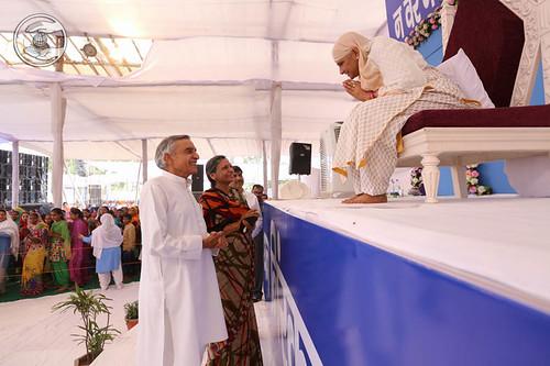 Welcome by former Railway Minister Shri Pawan Bansal
