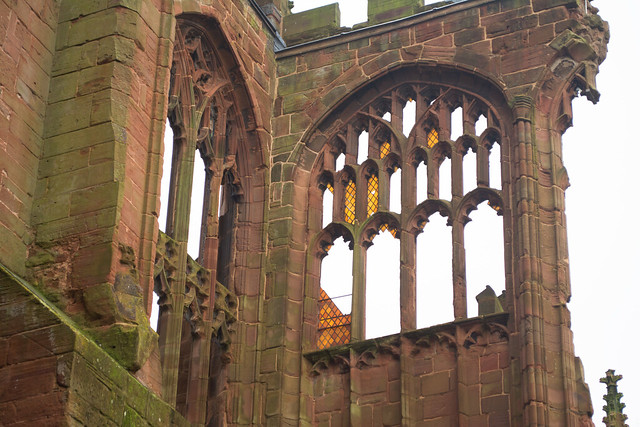20141016-01_Stained Glass Window Fragments - Coventry Old Cathedral