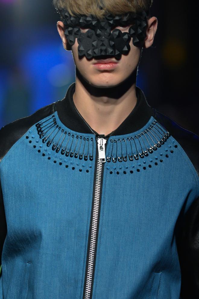 Jonas Gloer3002_SS15 Tokyo 99%IS-(fashionsnap)