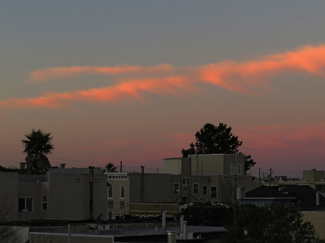 Sunset (windblown chemtrail?); The Sunset, San Francisco (2015)