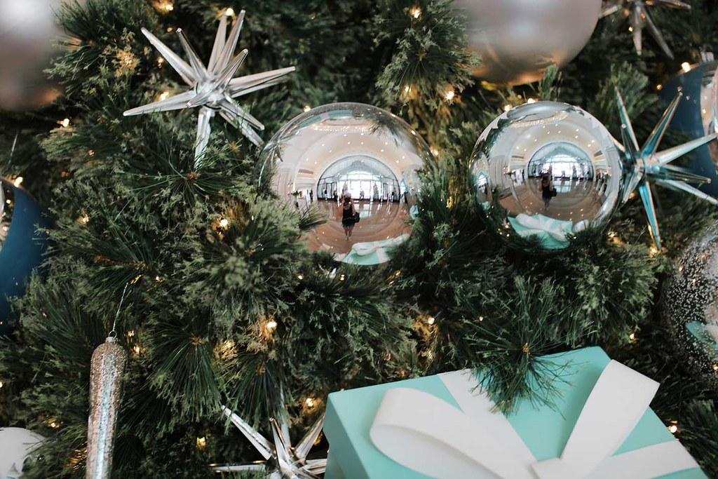 Tiffany And Co Christmas Ornaments Part - 42: Christmas-tree-tiffany-u0026-co-at-fullerton-bay-