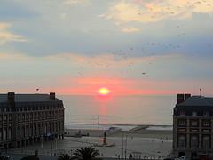 hoy mismo amanece ...en rosa y celeste