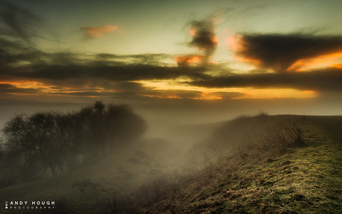 morning england mist dawn unitedkingdom sony wallingford ditches wittenhamclumps southoxfordshire a99 sonyalpha andyhough earthtrust slta99v andyhoughphotography