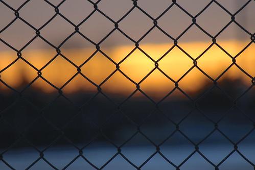 park minnesota sunrise canon fence chainlink twincities monring mendakotapark canonrebelt3i