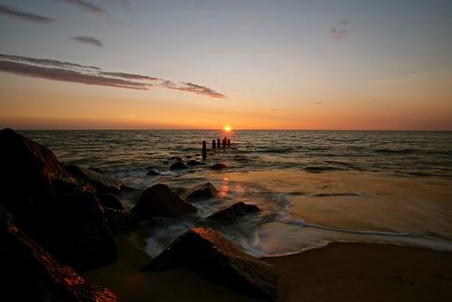 ocean light beach nature beauty sunrise outdoors rocks natural earlymorning naturallight atlantic shore delaware atlanticocean capehenlopen capehenlopenstatepark randyroberts 57rroberts