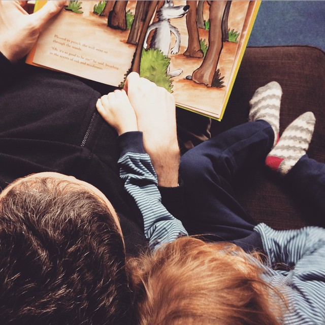 Father & Daughter #storytime #pueblitolindo #winter #january