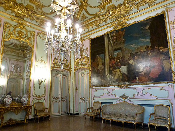 salon palazzo reale