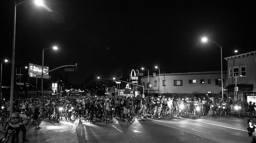 @wolfpackhustle #marathonhustleride  getting ready to roll out. #lamarathon #cycling #wolfpackhustle #bikeride #bikeLA