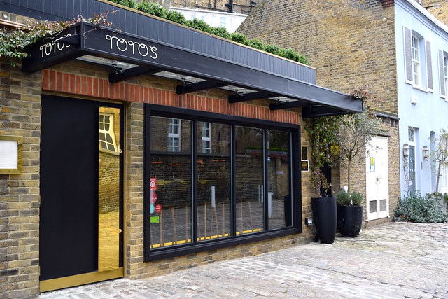 Toto's, Knightsbridge