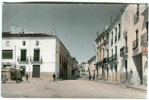 Minglanilla: Plaza del Caudillo y calle Real de Arriba