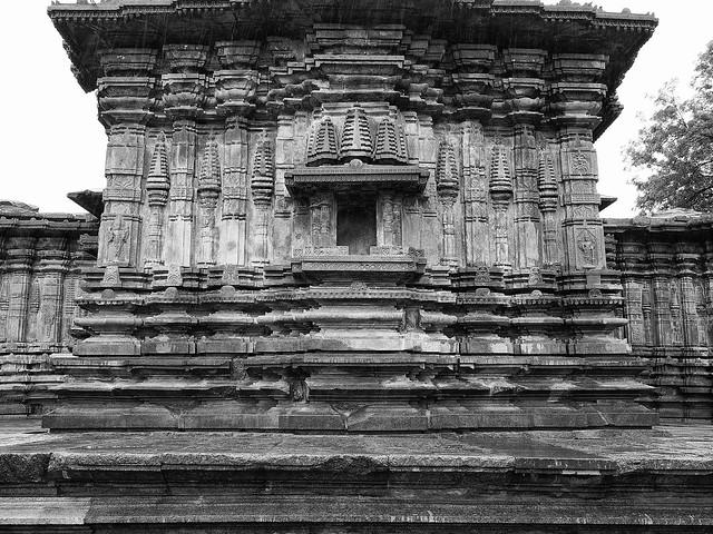 1000 pillars temple, warangal
