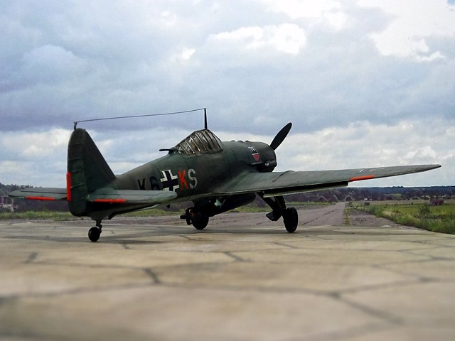 1:72 Henschel Hs 165 A-1; aircraft K6+KS of III./KG 6, Deutsche Luftwaffe; Melsbroek (Belgium), autumn 1943 (Whif/Kitbashing)