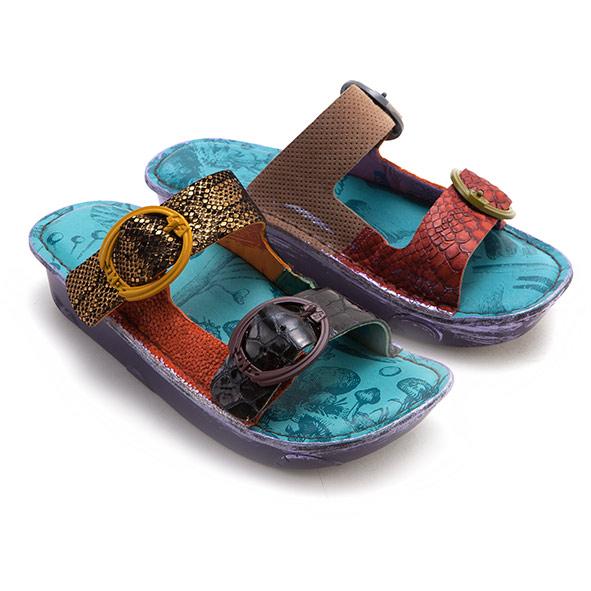藍色涼鞋 Macanna