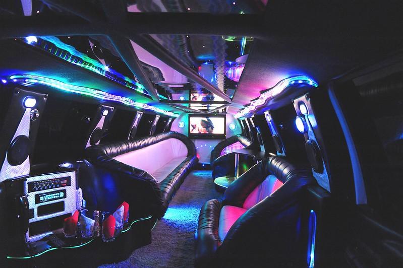 Limos.md + Cadillac Escalade > Foto din galeria `Despre companie`