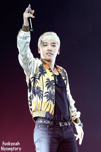 BIGBANG VIPevent Beijing 2016-01-01 by credit on pic (4)