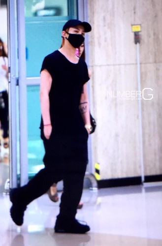 Big Bang - Gimpo Airport - 23aug2015 - Number G - 01