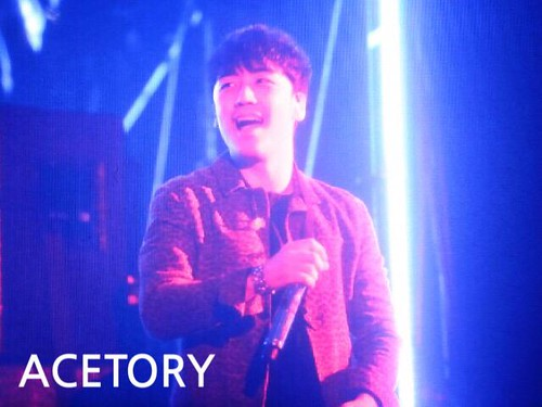 Seung Ri - Tokyo Girls Collection - 28feb2015 - Acetory - 01