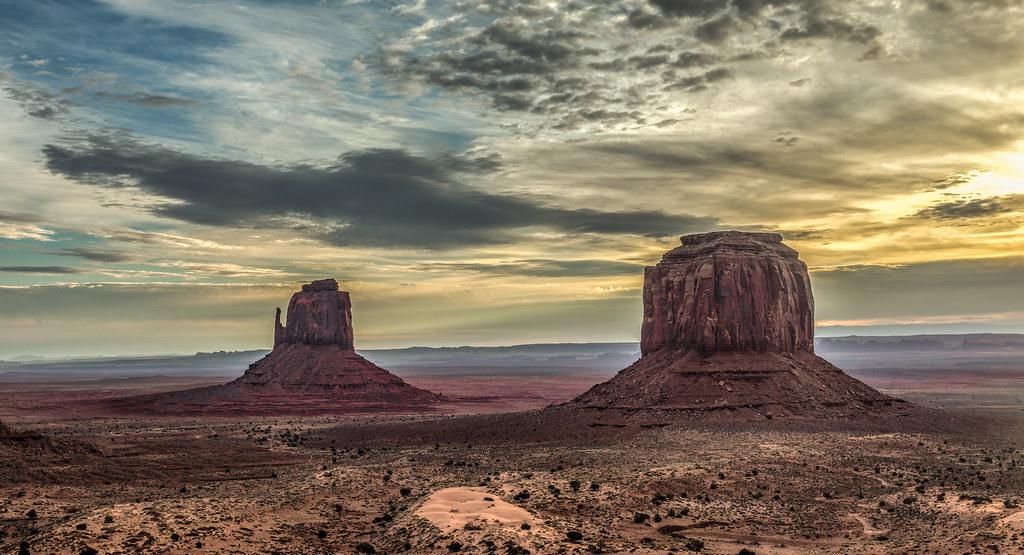 Monument Valley Ssunrise