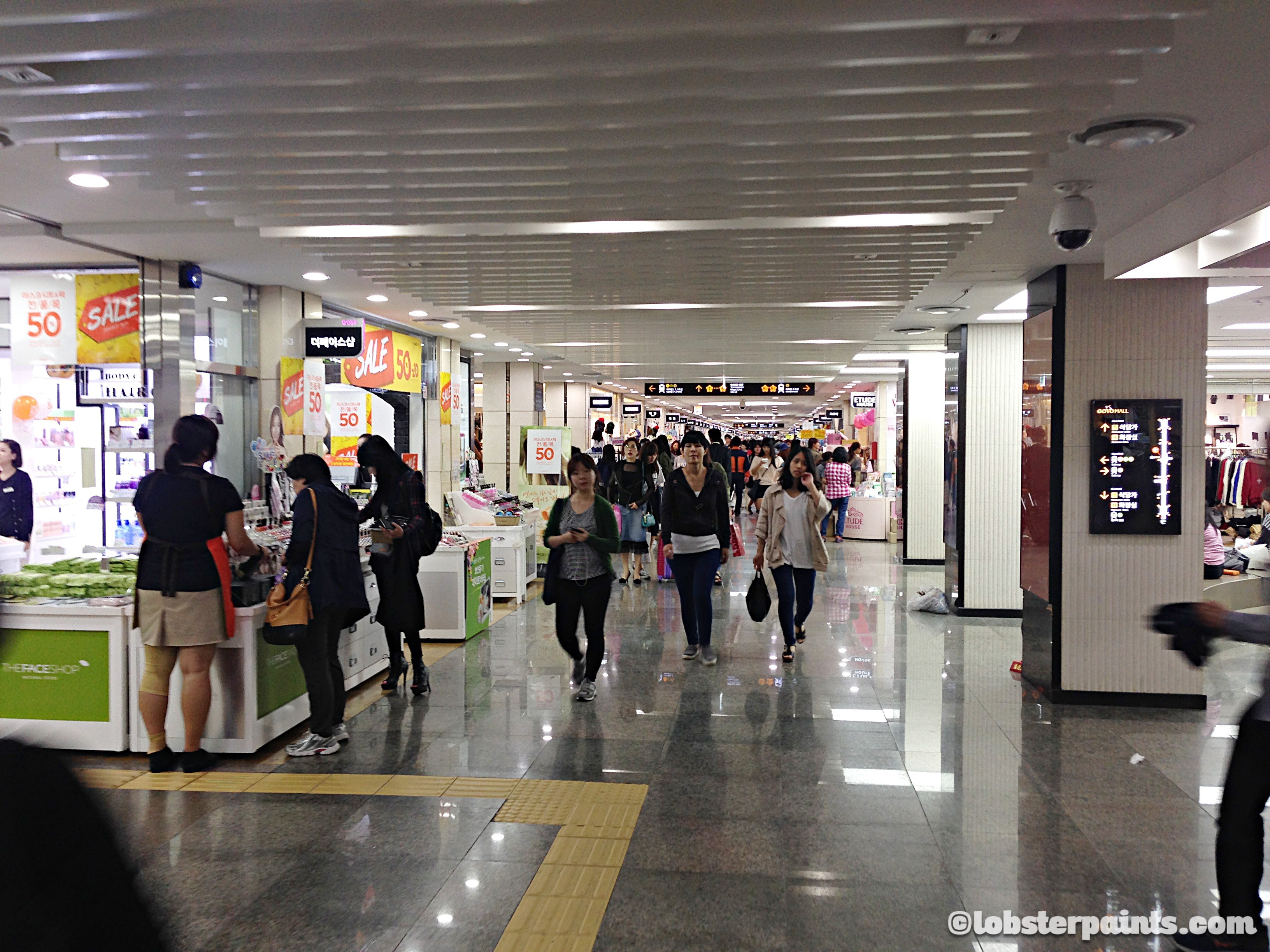 2 Oct 2014: Gangnam Underground Shopping Arcade @ Express Bus Terminal Station | Seoul, South Korea