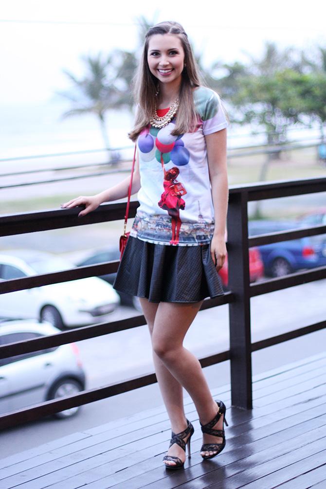 03-t-shirts de baloes com saia preta look do dia1