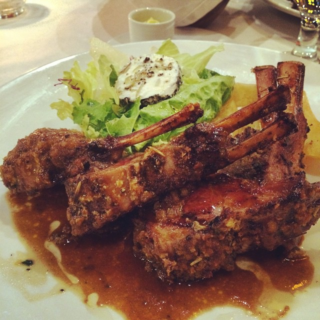 Rack of lamb 'cause it's my birthday 😻😻😻 #carnivore