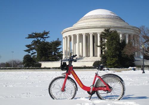 Snow Day Bikeshare Jefferson Memorial