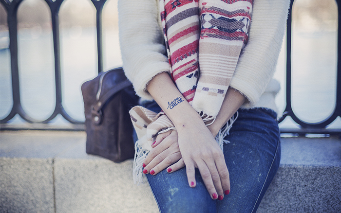 street style barbara crespo hake leopard sneakers scarf el retiro outfit fashion blogger blog de moda
