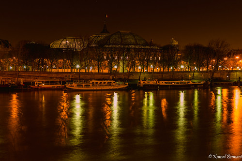 longexposure light paris france reflection seine night boats cityscape grandpalais