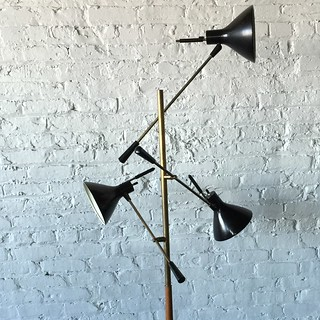 ***ON DECK*** Refreshing Gerald Thurston Midcentury Modern Trienalle Floor Lamp for Lightolier (U.S.A., 1950s)