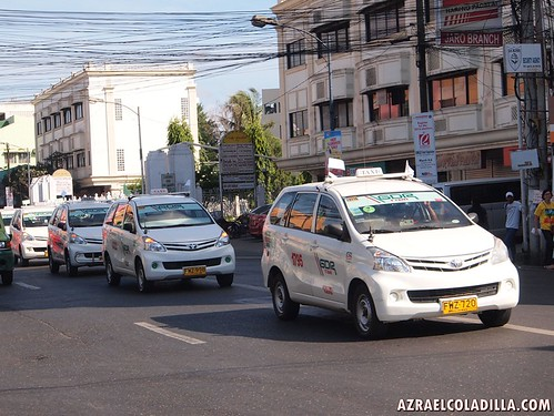 Grab Taxi launches taxi booking service in Iloilo City