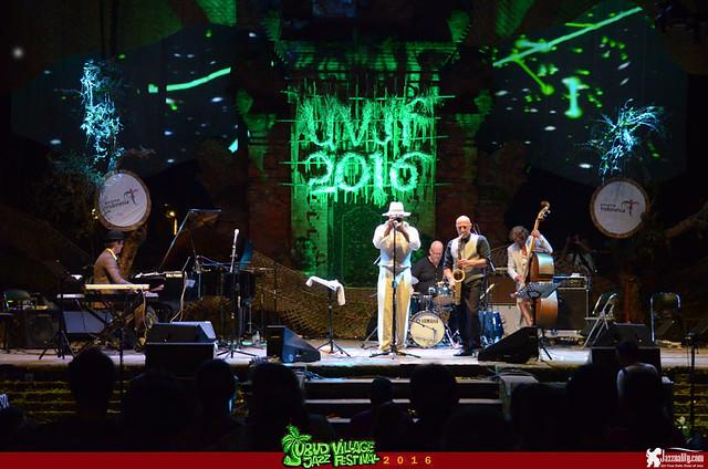Ubud Village Jazz Festival 2016 - Louis (3)