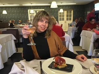 Rebeca en el restaurante El Hontanar en el Hotel Balneario Villa de Olmedo (Valladolid)