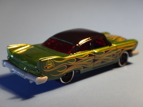 Halloween Hot Wheels 2014 57' Plymouth Fury