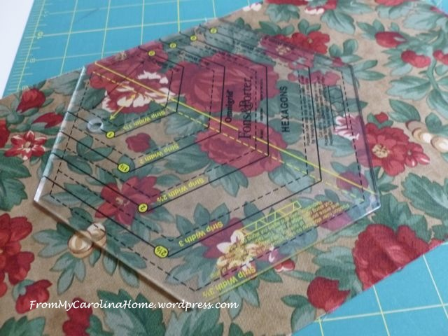 Christmas Hexagonal Table Topper 2